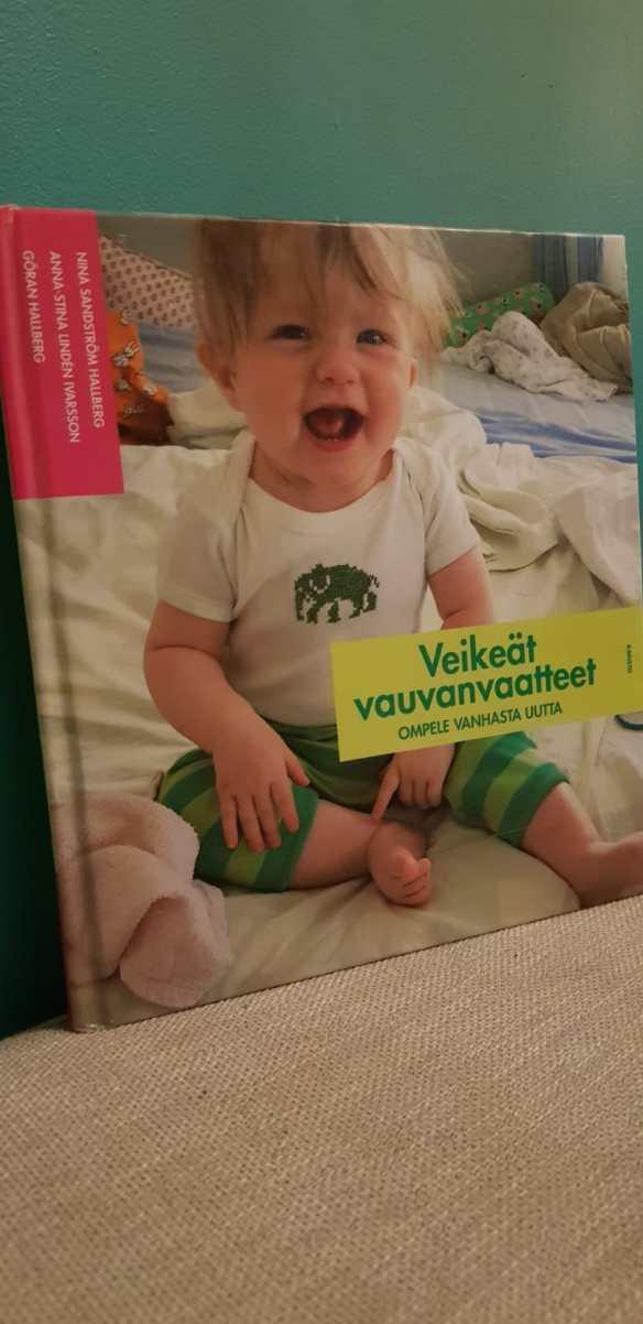 vanhasta uutta veikeät vauvanvaatteet.jpg